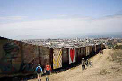 MEXUS international Border Wall