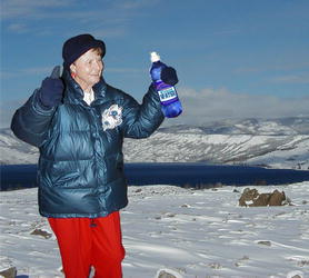 Pinedale Mayor Rose Skinner gives Wyoming Water the thumbs up!